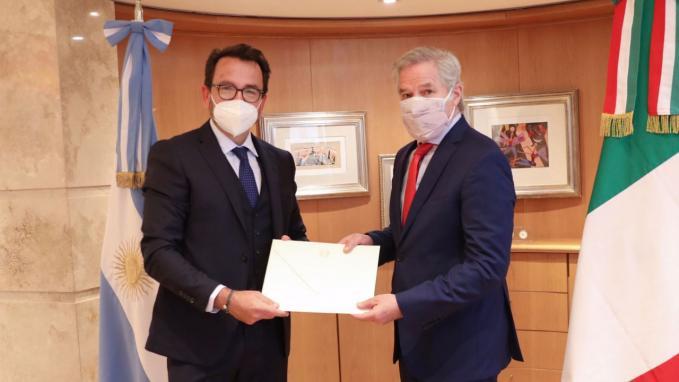 Canciller Solá y embajador de Italia, Fabrizio Lucentini