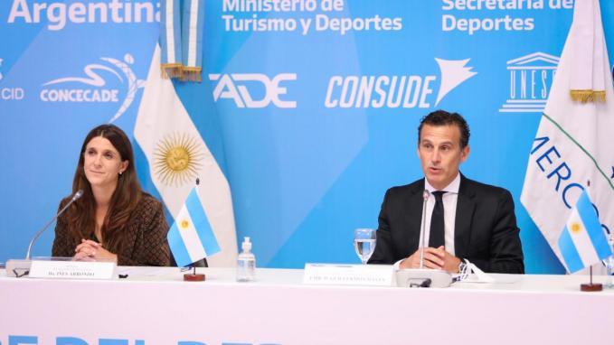 Guillermo Chaves e Inés Arrondo