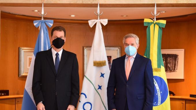 Canciller Solá y embajador Salgado