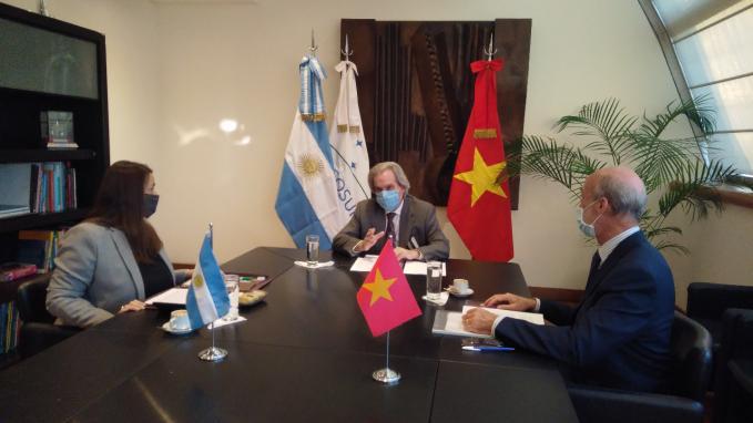 Pablo Tettamanti_Asociación con Vietnam