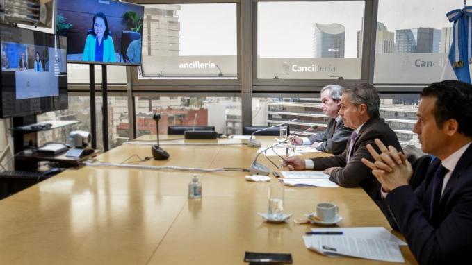 Videoconferencia de Felipe Solá