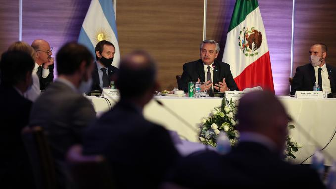 Ejecutivos argentinos en México